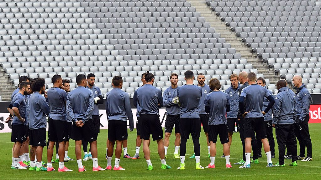 MUNICH, GERMANY - APRIL 11 : Players are seen during the training session of Real Madrid ahead of the UEFA Champions League quarter final match between Bayern Munich and Real Madrid in Munich, Germany on April 11, 2017. Joerg Koch / Anadolu Agency