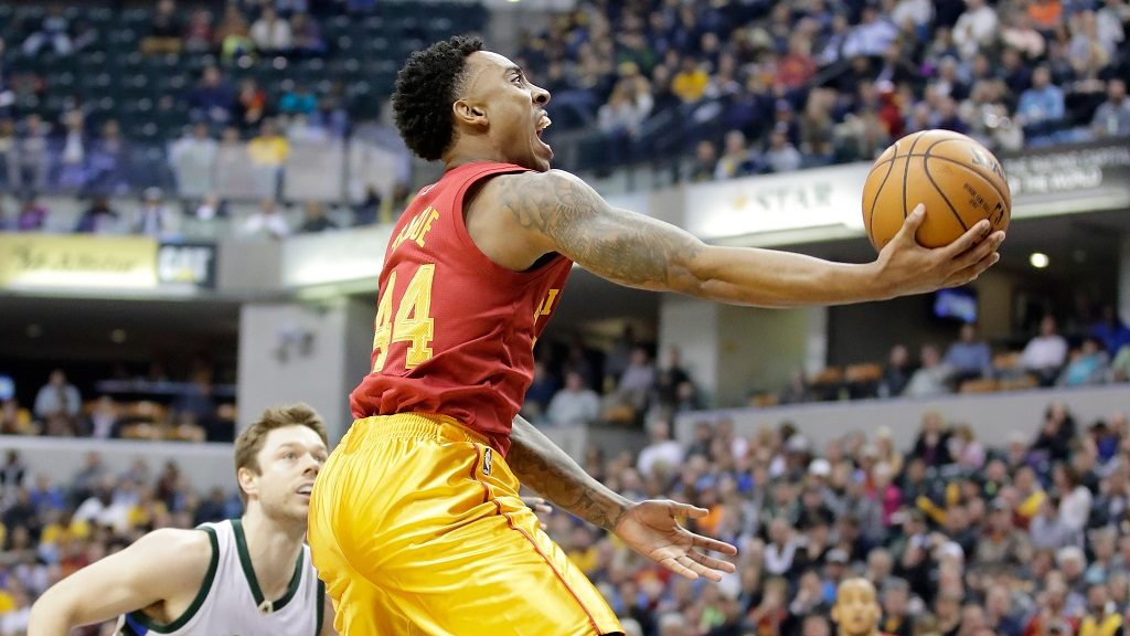 INDIANAPOLIS, IN - APRIL 06: Jeff Teague #44 of the Indiana Pacers shoots the ball against the Milwaukee Bucks at Bankers Life Fieldhouse on April 6, 2017 in Indianapolis, Indiana. NOTE TO USER: User expressly acknowledges and agrees that, by downloading and or using this photograph, User is consenting to the terms and conditions of the Getty Images License Agreement   Andy Lyons/Getty Images/AFP