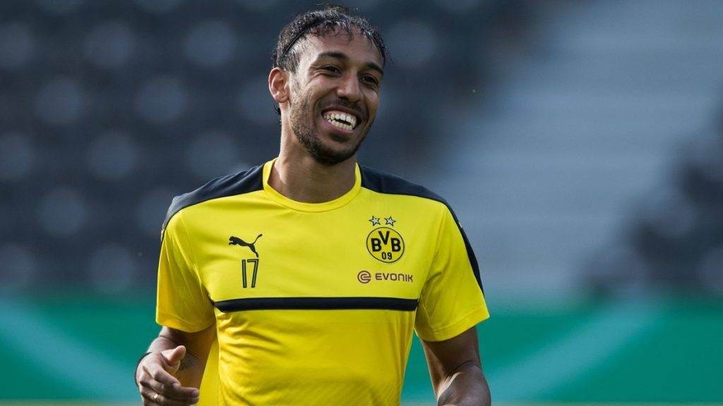 Pierre-Emerick Aubameyang of the German Bundesliga team Borussia Dortmund during a training session at the Olympic Stadium in Berlin, Germany, 26 May 2017. Borussia Dortmund will face Eintracht Frankfurt in the German DFB Cup final soccer match to be held on 27 May 2017. Photo: Soeren Stache/dpa