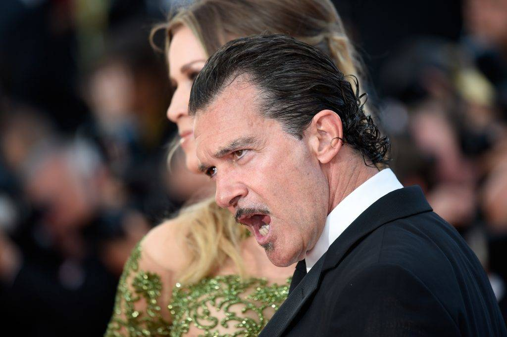 CANNES, FRANCE - MAY 23:  Antonio Banderas (R) and Nicole Kimpel attend the 70th Anniversary of the 70th annual Cannes Film Festival at Palais des Festivals on May 23, 2017 in Cannes, France.  (Photo by Antony Jones/Getty Images)