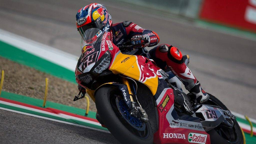 "Nicky Hayden of Red Bull Honda World Superbike Team during the Race 1 of the Motul FIM Superbike Championship, Italian Round, at International Circuit ""Enzo and Dino Ferrari"", on May 13, 2017 in Imola, Italy (Photo by Danilo Di Giovanni/NurPhoto)"