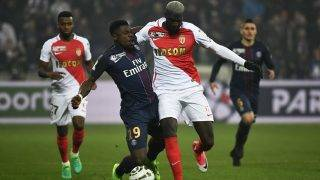 Paris Saint-Germain's Ivorian defender Serge Aurier (L) vies for the ball with Monaco's French midfielder Tiemoue Bakayoko during the French League Cup final football match between Paris Saint-Germain (PSG) and Monaco (ASM) on April 1, 2017, at the Parc Olympique Lyonnais stadium in Decines-Charpieu, near Lyon. / AFP PHOTO / Jeff PACHOUD