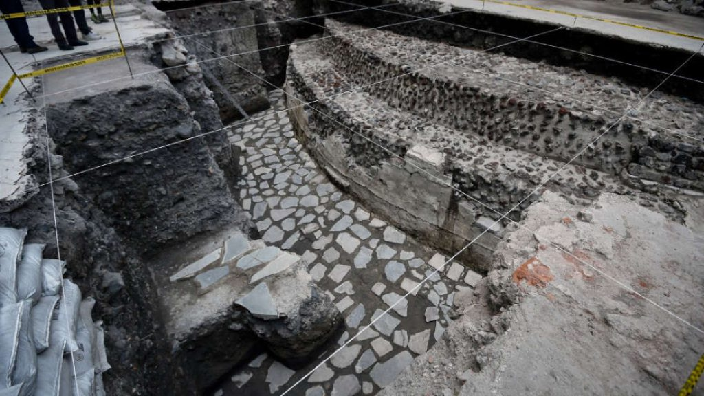View of the archaeological site of the ancient Aztec temple of Ehecatl-Quetzalcoatl and ritual Ball Game recently discovered in downtown Mexico City on June 7, 2017. / AFP PHOTO / ALFREDO ESTRELLA        (Photo credit should read ALFREDO ESTRELLA/AFP/Getty Images)