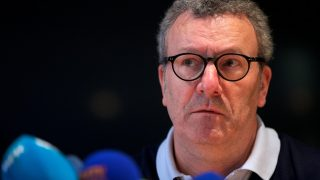 (FILES) This file photo taken on March 26, 2016 shows Brussels City mayor Yvan Mayeur looking on during a press conference in Brussels, regarding the attacks of March 22, 2016.  The Socialist Mayor of Brussels Yvan Mayeur, who has been criticized for being generously remunerated when he was a member of the management committee of homelessness association Samusocial, is to present his resignation on June 8, 2017, according to his cabinet. / AFP PHOTO / Belga / Nicolas MAETERLINCK / Belgium OUT