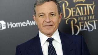Robert Iger attends the 'Beauty and the Beast' New York screening at Alice Tully Hall, Lincoln Center on March 13, 2017 in New York City. | Verwendung weltweit
