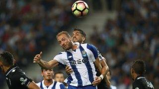 Porto's Belgian forward Laurent Depoitre in action during the Premier League 2016/17 match between FC Porto and Vitoria SC, at Dragao Stadium in Porto on September 11, 2016. (Photo by Paulo Oliveira / DPI / NurPhoto)