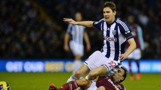 "West Ham United's English midfielder Mark Noble (R) vies for the ball with West Bromwich Albion's Hungarian midfielder Zoltan Gera during the English Premier League football match between West Bromwich Albion and West Ham United at The Hawthorns in West Bromwich, central England, on December 16, 2012. AFP PHOTO/BEN STANSALL  RESTRICTED TO EDITORIAL USE. No use with unauthorized audio, video, data, fixture lists, club/league logos or ""live"" services. Online in-match use limited to 45 images, no video emulation. No use in betting, games or single club/league/player publications. / AFP PHOTO / BEN STANSALL"