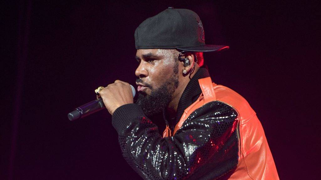 NEW YORK, NY - SEPTEMBER 25: R. Kelly performs in concert at Barclays Center on September 25, 2015 in the Brooklyn borough of New York City.   Mike Pont/Getty Images/AFP
