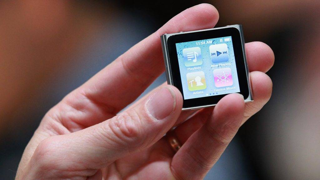 SAN FRANCISCO - SEPTEMBER 01: An Apple employee holds a new iPod Nano at an Apple Special Event at the Yerba Buena Center for the Arts September 1, 2010 in San Francisco, California. Apple CEO Steve Jobs announced upgraded versions of the entire iPod line, including an iPod Touch that includes a camera and smaller version of Apple TV.   Justin Sullivan/Getty Images/AFP