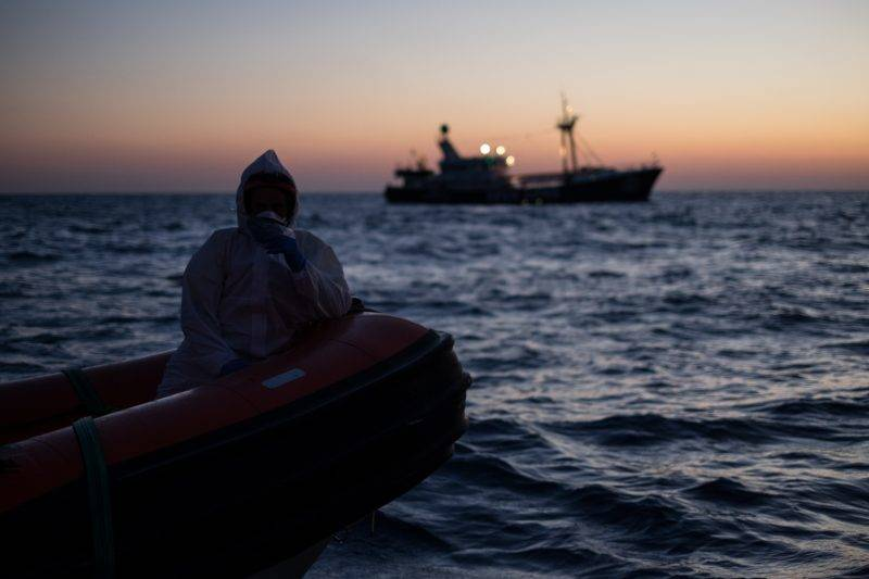 AT SEA, UNSPECIFIED - JUNE 20 : Search and rescue operations continue to late night on the International Refugee Day in the Mediterranean Sea, 23 miles north the coast of Sabratha on June 20, 2017. Marcus Drinkwater / Anadolu Agency