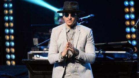 """BURBANK, CA - MAY 22:  Singer Chester Bennington of Linkin Park performs onstage during the band's """"One More Light"""" album release party at the iHeartRadio Theater on May 22, 2017 in Burbank, California.  (Photo by Scott Dudelson/WireImage)"""