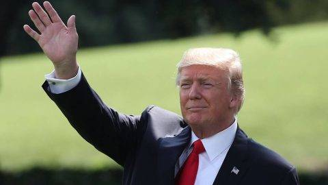 WASHINGTON, DC - JULY 24:  U.S. President Donald Trump waves as walks to Marine One while departing from the White House on July 24, 2017 in Washington, DC. President Trump is traveling to Beaver, West Virginia where is will speak to Boy Scouts at the at the 2017 National Scout Jamboree.  (Photo by Mark Wilson/Getty Images)