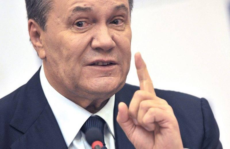 Rosztov-na-Donu, 2016. november 25.Viktor Janukovics volt ukrán elnök sajtótájékoztatót tart a dél-oroszországi Rosztov-na-Donuban 2016. november 25-én. Az Oroszországba menekült volt államfő kijelentette, hogy meg kell őrizni Ukrajna területi egységét, de a Donyec-medencei konfliktus addig nem oldódik meg, amíg a régió nem kap széleskörű autonómiát. (MTI/EPA/Alekszandr Blotnyickij)