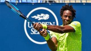 MONTREAL, QC - AUGUST 09: Gael Monfils of France hits a return against Kei Nishikori of Japan during day six of the Rogers Cup presented by National Bank at Uniprix Stadium on August 9, 2017 in Montreal, Quebec, Canada.   Minas Panagiotakis/Getty Images/AFP