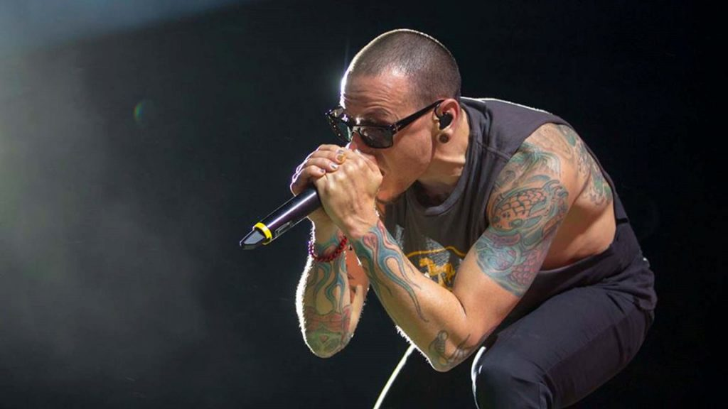 Chester Bennington, lead singer of the band Linkin Park, on May 13/20/2017, during a show at the Maximus Festival, at the Autodromo of Interlagos, in the southern part of Sao Paulo. Bennington was found dead on Thursday (20) at his home near Los Angeles, California (USA). According to a local police spokesman, the death is investigated as suicide. Photo: MARCELO GONCALVES/SIGMAPRESS/ESTADAO CONTEUDO
