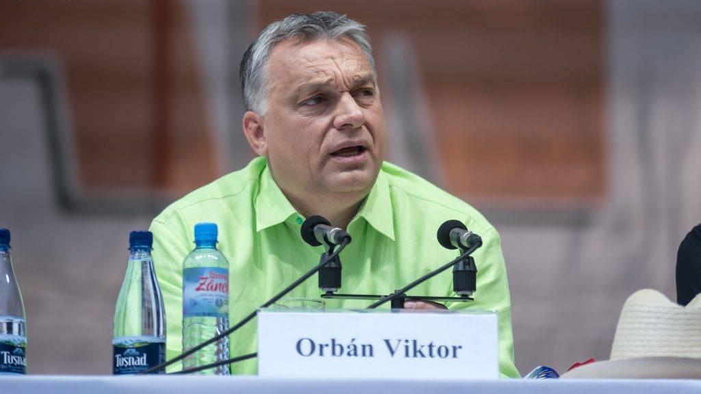 Tusnádfürdõ, 2017. július 22. Orbán Viktor miniszterelnök elõadást tart a 28. Bálványosi Nyári Szabadegyetem és Diáktáborban (Tusványos) az erdélyi Tusnádfürdõn 2017. július 22-én. MTI Fotó: Veres Nándor