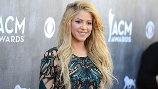 LAS VEGAS, NV - APRIL 06:  Singer Shakira attends the 49th Annual Academy Of Country Music Awards at the MGM Grand Garden Arena on April 6, 2014 in Las Vegas, Nevada.  (Photo by Jason Merritt/Getty Images)