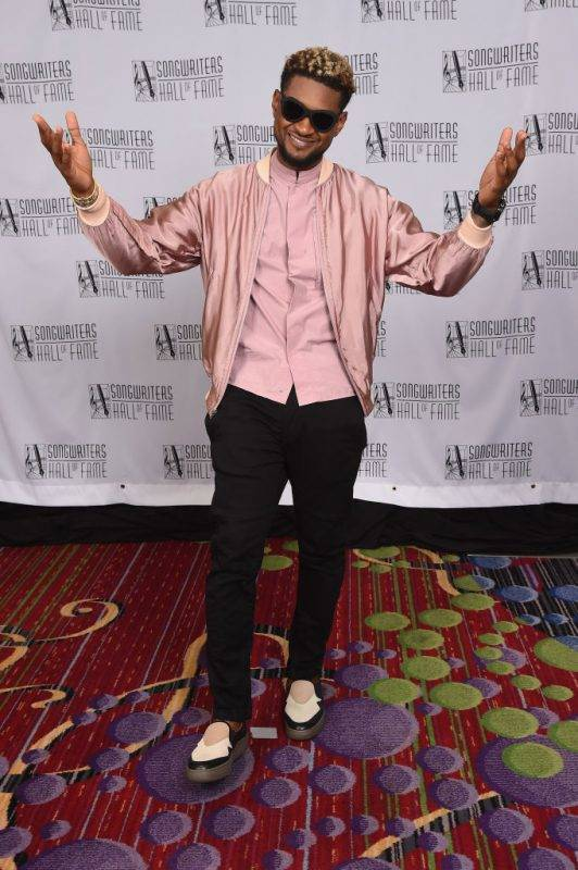 NEW YORK, NY - JUNE 15:  Usher poses backstage at the Songwriters Hall Of Fame 48th Annual Induction and Awards at New York Marriott Marquis Hotel on June 15, 2017 in New York City.  (Photo by Gary Gershoff/Getty Images for Songwriters Hall Of Fame)