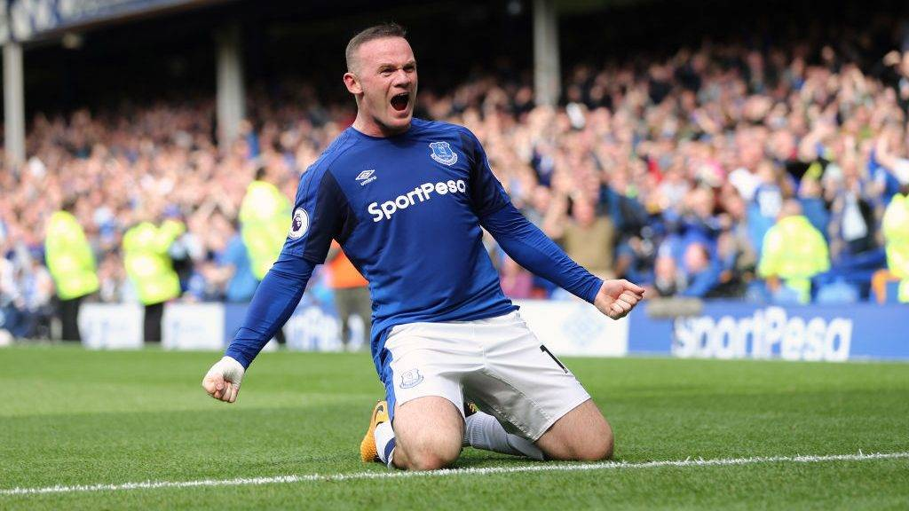 LIVERPOOL, ENGLAND - AUGUST 12: Wayne Rooney of Everton celebrates after scoring a goal to make it 1-0 during the Premier League match between Everton and Stoke City at Goodison Park on August 12, 2017 in Liverpool, England. (Photo by James Baylis - AMA/Getty Images)