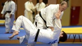 2770818 01/08/2016 Russian President Vladimir Putin during the training session with members of the Russian national judo team, January 8, 2016. Aleksey Nikolskyi/Sputnik