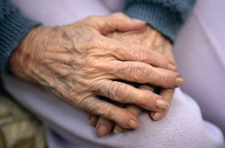 pszichoszomatika pikkelysömör kezelése megszabadulni a lábakon lévő vörös foltoktól