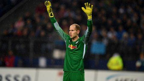 Leipzig´s Hungarian goalkeeper Peter Gulacsi reacts during German first division Bundesliga football match between Hamburger SV and RB Leipzig in Hamburg on September 8, 2017. / AFP PHOTO / PATRIK STOLLARZ / RESTRICTIONS: DURING MATCH TIME: DFL RULES TO LIMIT THE ONLINE USAGE TO 15 PICTURES PER MATCH AND FORBID IMAGE SEQUENCES TO SIMULATE VIDEO. == RESTRICTED TO EDITORIAL USE == FOR FURTHER QUERIES PLEASE CONTACT DFL DIRECTLY AT + 49 69 650050  / RESTRICTIONS: DURING MATCH TIME: DFL RULES TO LIMIT THE ONLINE USAGE TO 15 PICTURES PER MATCH AND FORBID IMAGE SEQUENCES TO SIMULATE VIDEO. == RESTRICTED TO EDITORIAL USE == FOR FURTHER QUERIES PLEASE CONTACT DFL DIRECTLY AT + 49 69 650050