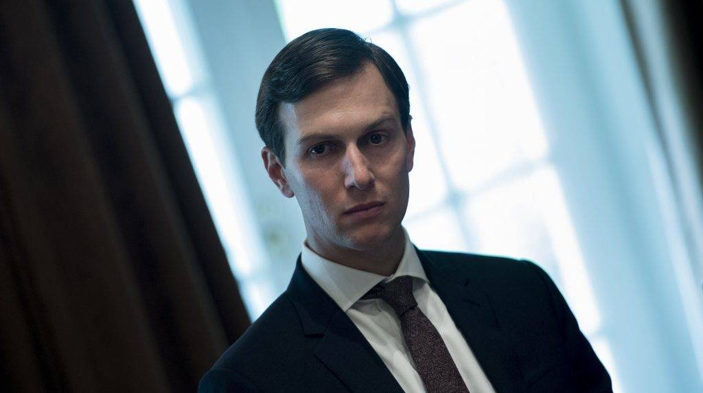 Senior Advisor Jared Kushner waits for a meeting with Prime Minister of Malaysia Najib Razak, US President Donald Trump and others in the Cabinet Room of the White House September 12, 2017 in Washington, DC. / AFP PHOTO / Brendan Smialowski