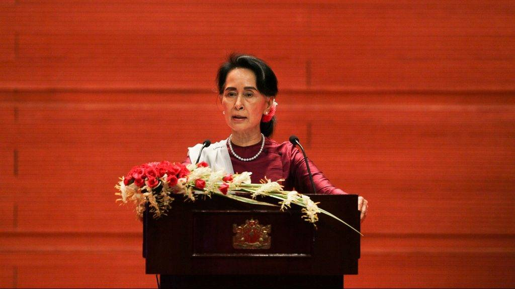 "Myanmar's State Counsellor Aung San Suu Kyi delivers a national address in Naypyidaw on September 19, 2017. Aung San Suu Kyi said on September 19 she ""feels deeply"" for the suffering of ""all people"" caught up in conflict scorching through Rakhine state, her first comments on a crisis that also mentioned Muslims displaced by violence. / AFP PHOTO / Ye Aung THU"