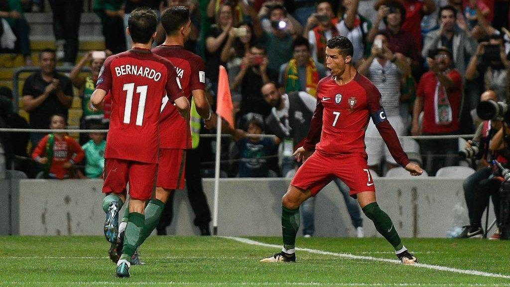 Cristiano Ronaldo celebrate goal of Portugal during match against  Faroe's  during the WC2018 qualifying football match Portugal vs Faroe Islands at the Bessa stadium in Porto on August 31, 2017.  (PHOTO: BRUNO DE CARVALHO/BRAZIL PHOTO PRESS)