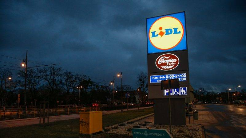 Lidl shop is seen in Bydgoszcz, Poland,  on 4 January, 2017. Lidl has over 10,000 shops in Europe and a revenue of over 60 billion Euros. The organization is currently focusing on transitioning to a more luxury style shop from the original budget based concept. (Photo by Jaap Arriens/NurPhoto)