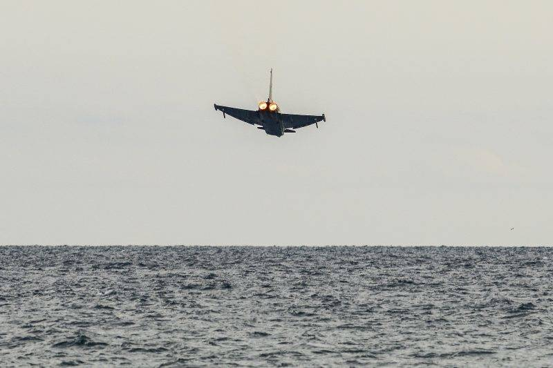 A Eurofighter Air Force of Italian Air Force crashed into the sea during an exhibition at Terracina, Italy, on September 24, 2017. (Photo by Roberto Silvino/NurPhoto)