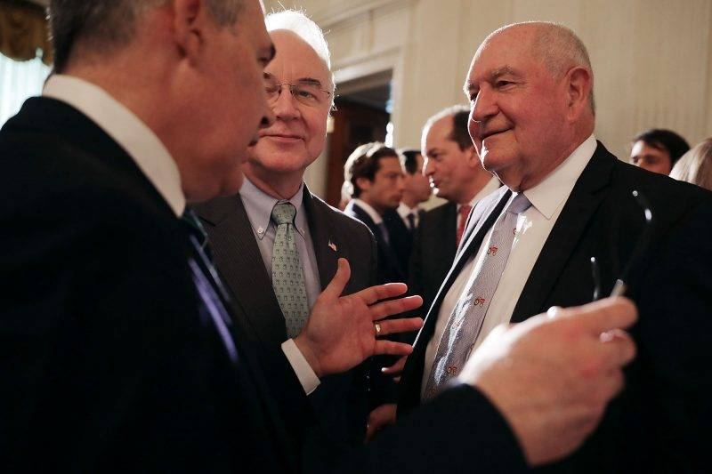 WASHINGTON, DC - JULY 17:  (L-R) Environmental Protection Agency Director Scott Pruitt, Office of Managment and Budget Director Tom Price and Agriculture Secretary Sonny Perdue visit during a Made in America product showcase in the East Room at the White House July 17, 2017 in Washington, DC. American manufacturers representing each of the 50 states participated in the showcase, including Bully Tools, Cheerwine, Stetson, Simms and RMA Armament, Charles Machine Works, Honckley Yachts, Altec Inc., Caterpiller, Pierce Manufacturing and others.  (Photo by Chip Somodevilla/Getty Images)
