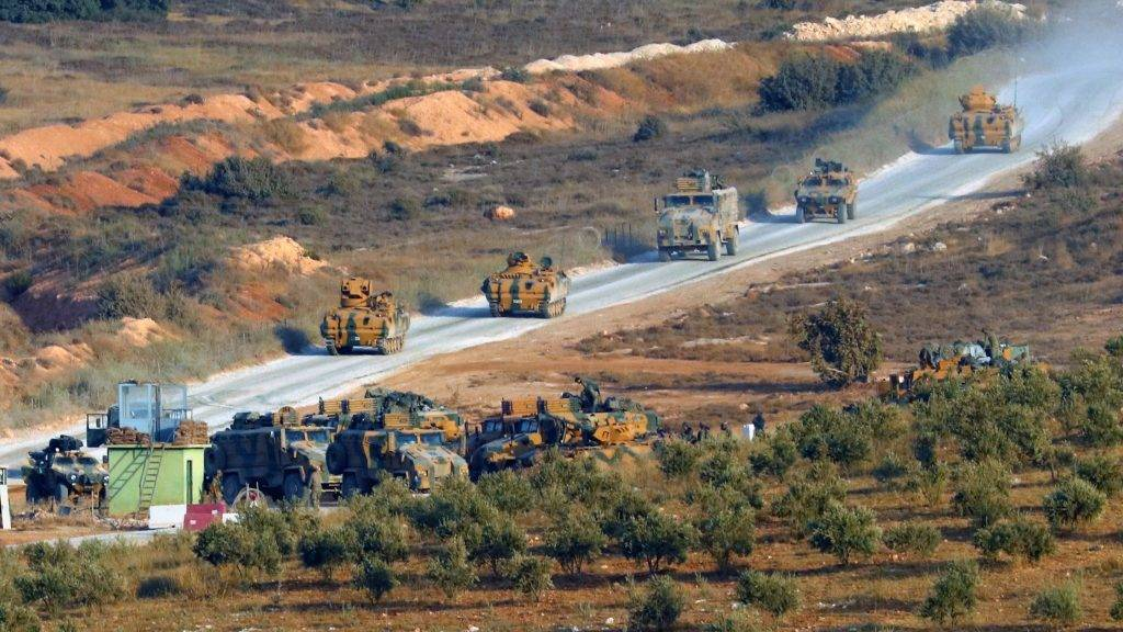 Photo taken on Oct. 8, 2017 shows Turkish armoured military vehicles gathering on the Turkish-Syrian border in Turkey's southern Hatay province. Turkish troops have crossed border into Syria's Idlib province as of Sunday to conduct reconnaissance mission there, the Turkish Armed Forces announced on Monday. ()