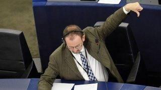 Strasbourg, 2014. július 16.Szájer József, a Fidesz EP-képviselője, az Európai Néppárt frakcióvezető-helyettese az Európai Parlament (EP) ülésén Strasbourgban 2014. július 16-án.MTI Fotó: Beliczay László