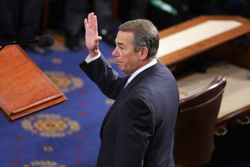 WASHINGTON, DC - OCTOBER 29:  Outgoing Speaker of the House John Boehner (R-OH) waves after he gave his farewell speech in the House Chamber of the U.S. Capitol October 29, 2015 in Washington, DC. Rep. Paul Ryan (R-WI) was elected the 62nd speaker of the House with 236 votes and will attempt to steer that chaotic legislative body following Boehner's resignation.  (Photo by Chip Somodevilla/Getty Images)