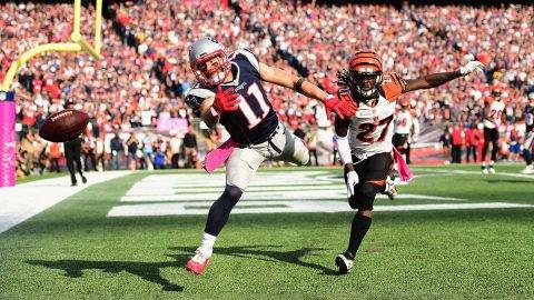 FOXBORO, MA - OCTOBER 16: Julian Edelman #11 of the New Engalnd Patriots attempts a catch against Dre Kirkpatrick #27 of the Cincinnati Bengals during a game at Gillette Stadium on October 16, 2016 in Foxboro, Massachusetts.  (Photo by Billie Weiss/Getty Images)