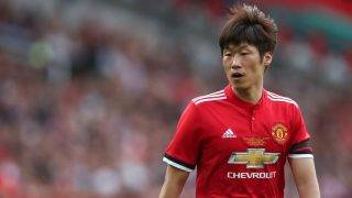 MANCHESTER, ENGLAND - SEPTEMBER 02: Ji-Sung Park of Manchester United Legends during the match between Manchester United Legends and  FC Barcelona Legends at Old Trafford on September 2, 2017 in Manchester, England. (Photo by Robbie Jay Barratt - AMA/Getty Images)