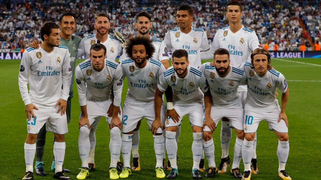 MADRID, SPAIN - SEPTEMBER 13:  Keylor Navas of Real Madrid , Sergio Ramosof Real Madrid , Isco Alarcon of Real Madrid , Casemiro of Real Madrid , Cristiano Ronaldo of Real Madrid , Matteo Kovacic of Real Madrid , Gareth Bale of Real Madrid , Marcelo of Real Madrid , Nacho Fernandez of Real Madrid , Dani Carvajal of Real Madrid  und Luka Modric of Real Madrid  during the UEFA Champions League group H match between Real Madrid and APOEL Nikosia at Estadio Santiago Bernabeu on September 13, 2017 in Madrid, Spain. (Photo by TF-Images/TF-Images via Getty Images)