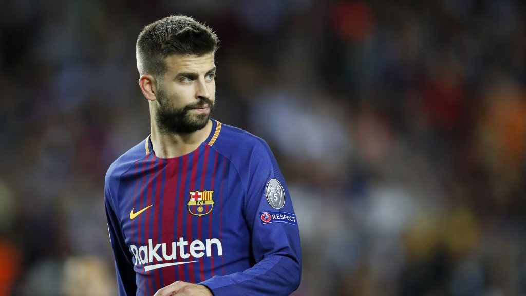 Gerard Pique of FC Barcelona during the UEFA Champions League group D match between FC Barcelona and Juventus FC  on September 12, 2017  at the Camp Nou stadium in Barcelona, Spain.(Photo by VI Images via Getty Images)