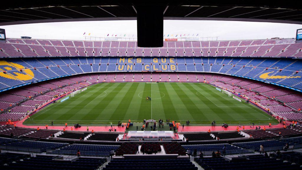 Üres Nou Campot érhet a spanyolokat gyalázó Barca-szurkolók viselkedése