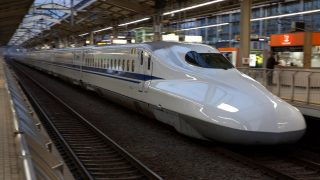 High-speed train Shinkansen - Japan.    Biosphoto / Michel Gunther