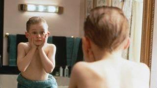 Home Alone  Year : 1990 USA Director : Chris Columbus Macaulay Culkin Photo: Don Smetzer