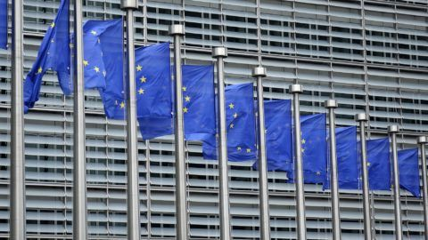 EU flags outside the European Commission building in the Belgian capital Brussels. 24.06.2017. The European Commission is based at the Berlaymont building, built between 1963 and 1967. In 1992 the Berlaymont building was closed due to the presence of asbestos and extensively renovated. The modernized building reopened on 21 October 2004. - NO WIRE SERVICE - Photo: Sascha Steinach/dpa-Zentralbild/dpa | usage worldwide