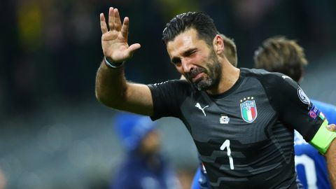 FIFA World Cup Qualifiers play-off Switzerland v Northern Ireland Gianluigi Buffon of Italy crying at the end of at San Siro Stadium in Milan, Italy on November 13, 2017.  (Photo by Matteo Ciambelli/NurPhoto)