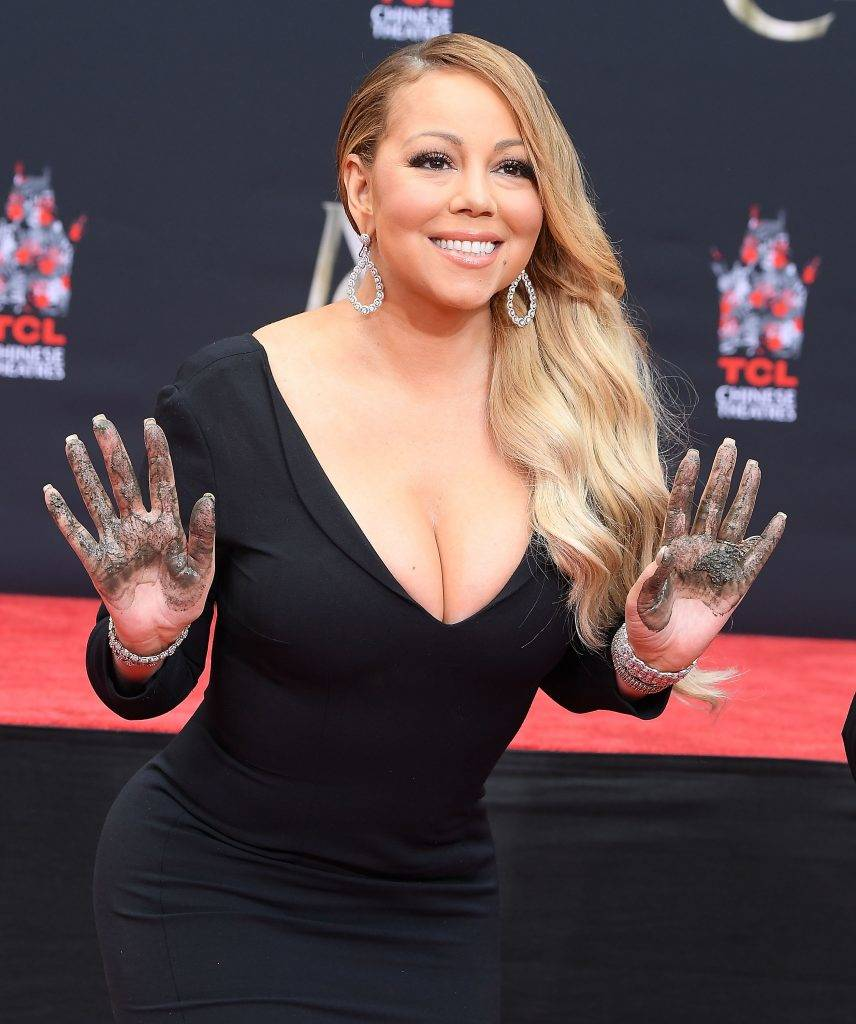 HOLLYWOOD, CA - NOVEMBER 01:  Mariah Carey Hand And Footprint Ceremony at TCL Chinese Theatre on November 1, 2017 in Hollywood, California.  (Photo by Steve Granitz/WireImage)