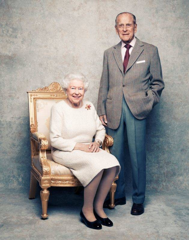 A handout photo shows Britain's Queen Elizabeth and Prince Philip in the White Drawing Room at Windsor Castle in early November, pictured against a platinum-textured backdrop, in celebration of their platinum wedding anniversary on November 20, 2017. Matt Holyoak/CameraPress/PA Wire/Handout via REUTERS      MANDATORY CREDIT. IMAGE IS PROVIDED FOR FREE EDITORIAL USE UNTIL DECEMBER 3RD. WHEN IT MUST BE REMOVED FROM ALL SYSTEMS AND THOSE OF YOUR SUBSCRIBERS. THIS PHOTOGRAPH IS STRICTLY FOR EDITORIAL USE ONLY, NO COMMERCIAL, SOUVENIR, COVERS OR PROMOTIONAL USE PERMITTED. THE PHOTOGRAPH CANNOT BE CROPPED, MANIPULATED OR ALTERED IN ANY WAY. THIS PICTURE WAS PROVIDED BY A THIRD PARTY. NO RESALES. NO ARCHIVE. *** Local Caption *** BSMID7043192