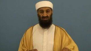 Egyesült Államok, 2015. május 20. Az amerikai nemzeti hírszerzés igazgatójának hivatala (ODNI) által 2015. május 20-án közreadott videofelvételrõl készített kép Oszama Bin Ladenrõl, az al-Kaida nemzetközi iszlamista terrorszervezet néhai vezetõjérõl videoüzenete közben. Az ODNI ezen a napon 86, a titkosítás alól feloldott dokumentumot tett közzé az interneten, amelyeket 2011-ben bin Laden megölésekor annak abbotábádi búvóhelyén gyûjtöttek össze kommandósok. Az iratokból kiderül, hogy bin Laden mindvégig arra biztatta híveit, hogy az Egyesült Államok elleni támadásokra összpontosítsanak a muszlimok közötti belsõ viszály helyett. (MTI/EPA/ODNI)