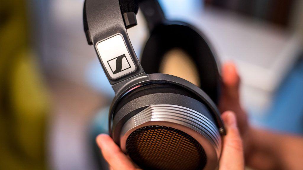 Egy lakás árát kérik a Sennheiser döbbenetes fejhallgatójáért
