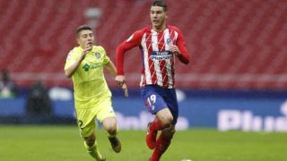 Atletico Madrid's French defender Lucas Hernandez runs with the ball during the Spanish Championship Liga football match between Atletico Madrid and Getafe on January 6, 2018 at the Wanda Metropolitano stadium in Madrid, Spain - Photo Benjamin Cremel / DPPI