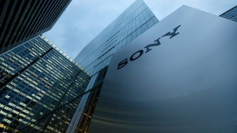 This picture shows the logo of Japan's Sony Corp. displayed in front of the company's headquarters in Tokyo on February 2, 2018. Sony chief executive Kazuo Hirai, who led a major and successful overhaul at the Japanese electronics giant, will step down at the end of March, the firm said on February 2 and will become Sony chairman, filling a post that has been empty since June 2012.  / AFP PHOTO / Kazuhiro NOGI
